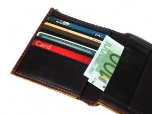 Zaplatenie povinného zmluvného poistenia môže prebiehať rôznymi spôsobmi