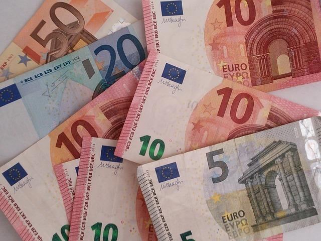 Hromoada 5, 10 a 20 eurových bankoviek